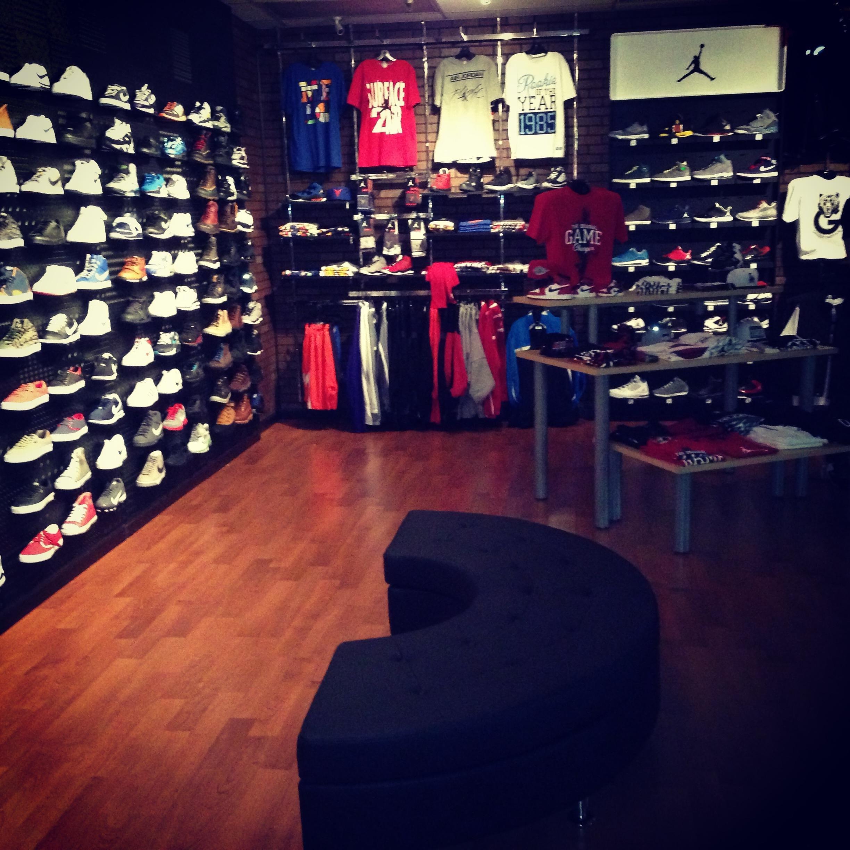 sneaker house