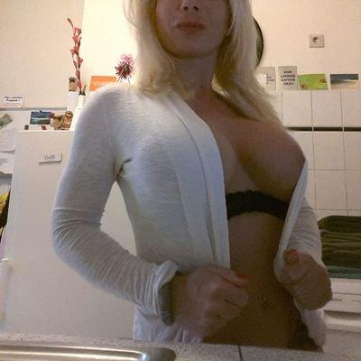 Amateur girl blowjob
