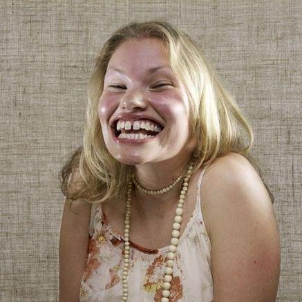 Картинки по запросу странная улыбка