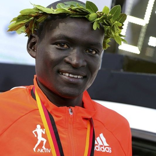 how tall is dennis kimetto