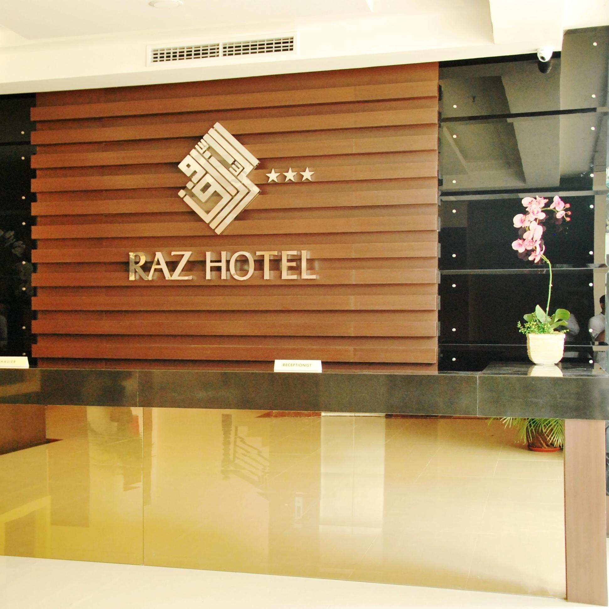Raz Hotel