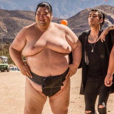 「sumo wrestler」の画像検索結果