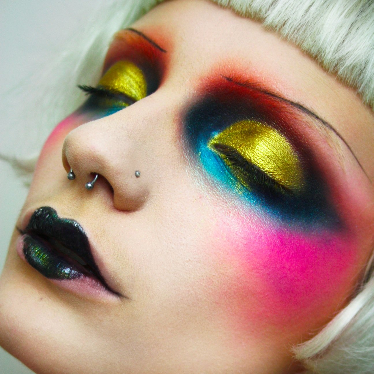 extreme makeup looks - HD 1296×1296