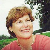 Jeanne Shaheen (@JeanneShaheen) Twitter profile photo