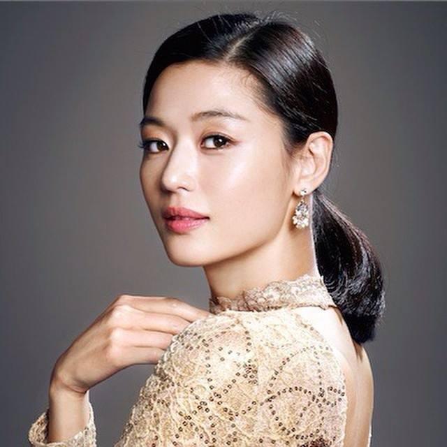 Risultati immagini per Jeon Ji hyun 2016
