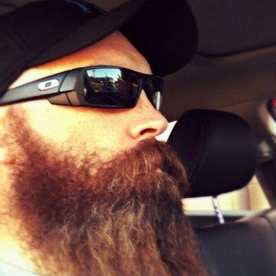 JR (@Jr_the_beard) Twitter profile photo