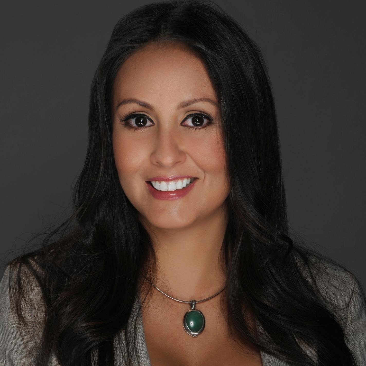 Elise Santan... Santana Twitter