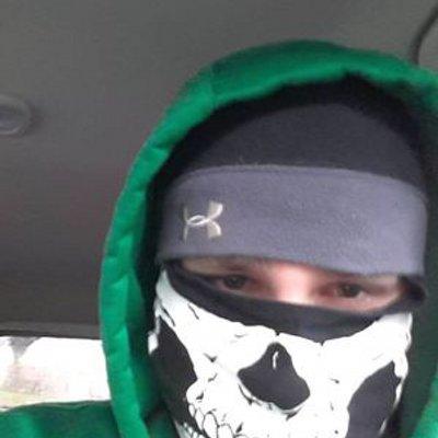 Chris Mowl (@crizmow) Twitter profile photo