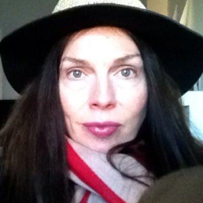 Diana Copperwhite (@dianacop) Twitter profile photo