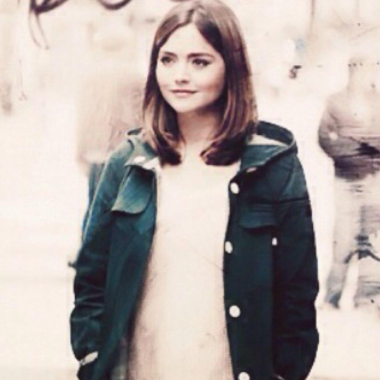 Clara Oswald Quotes On Twitter How Do I Look Sort Of Short And