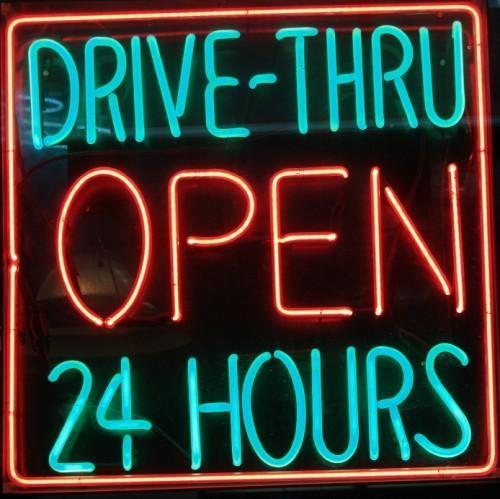 Drive thru problems insaniac32 twitter for What fast food restaurants are open near me