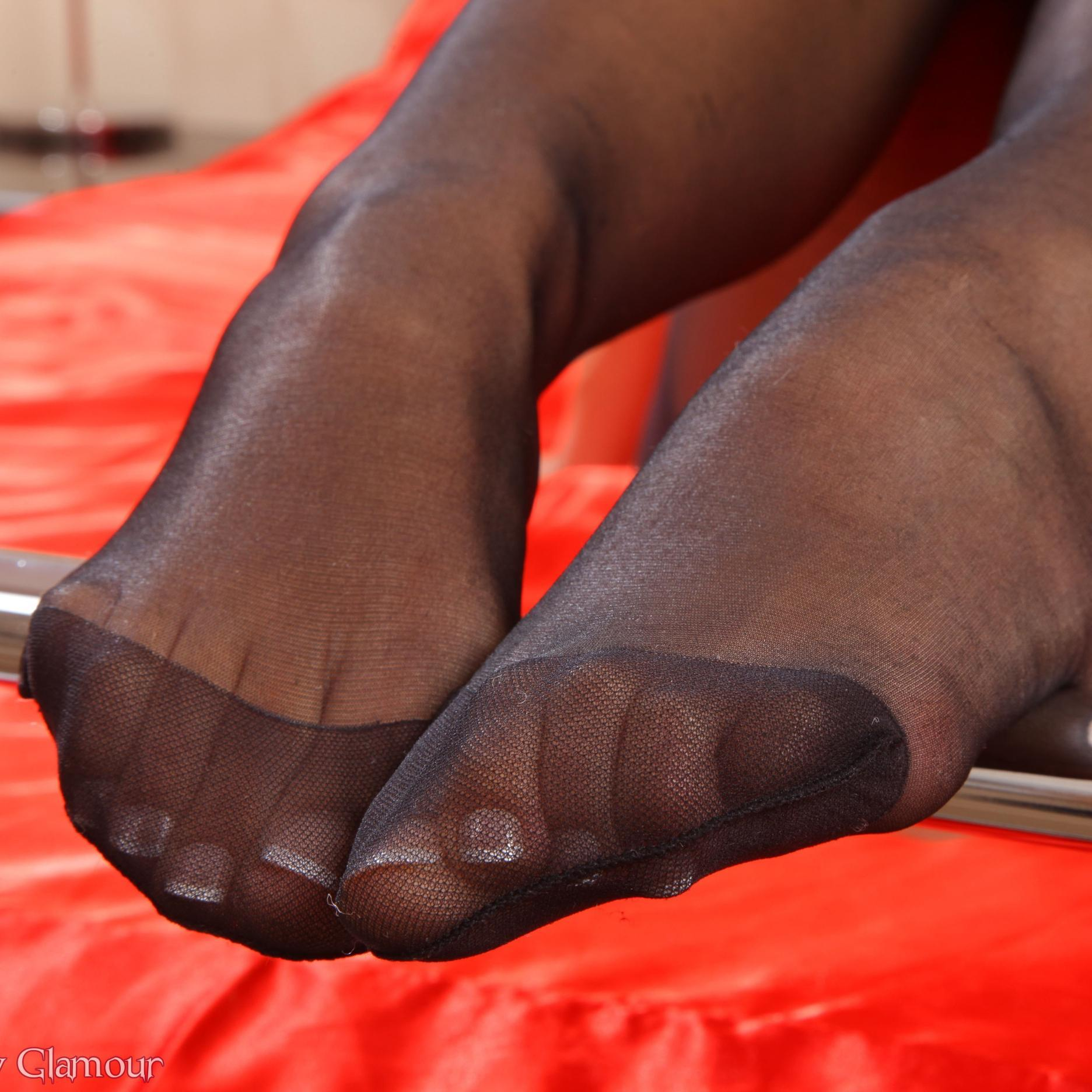 Having oral fetish foot free in nylon porn