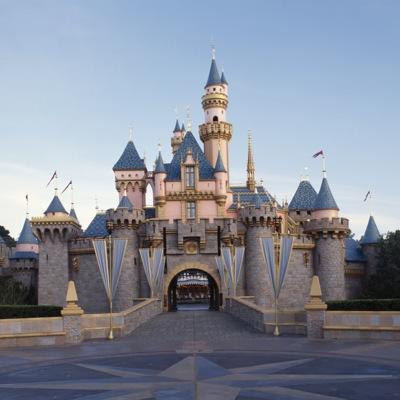 Disneyland Celebrities (@disneylandceleb) • Instagram ...