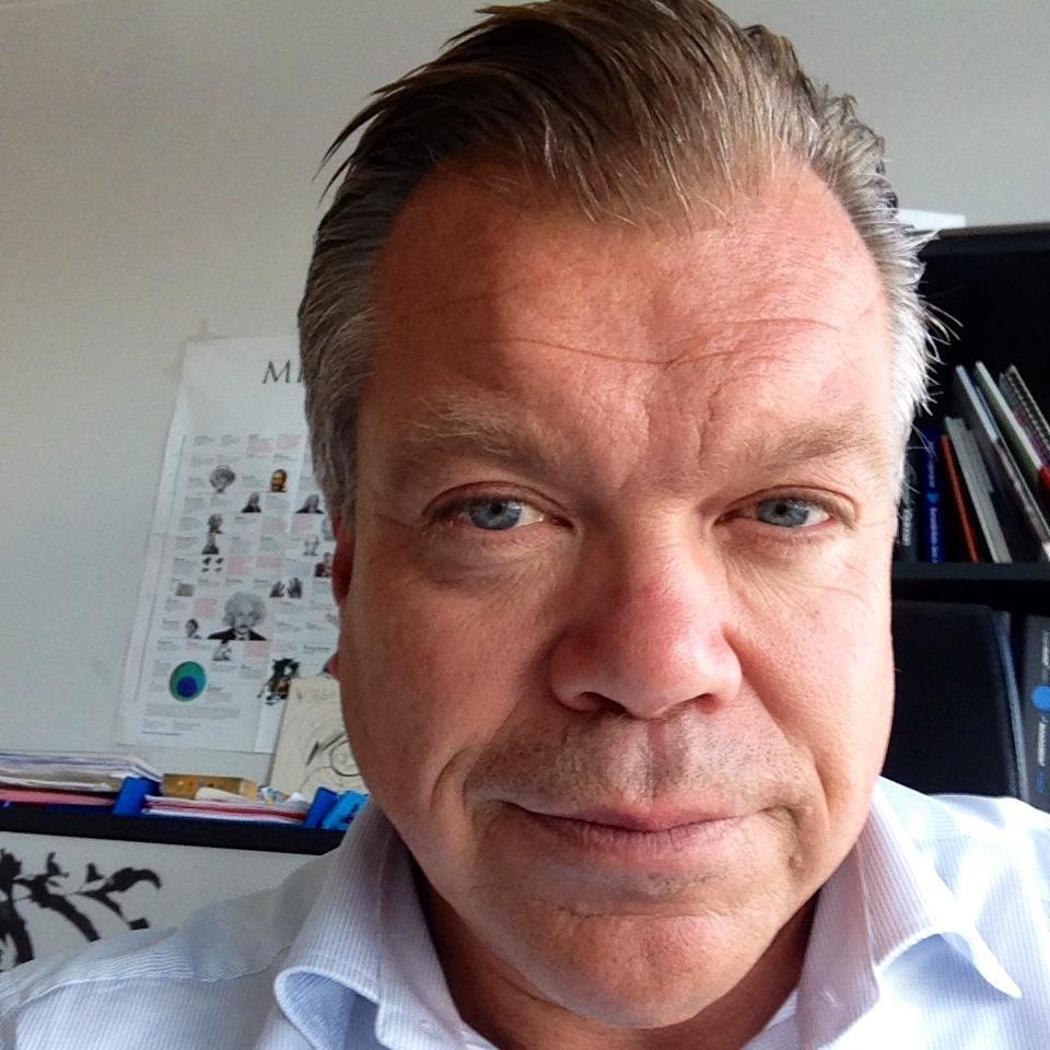 Mikael Jonsson (@MikaelJonssonVR)
