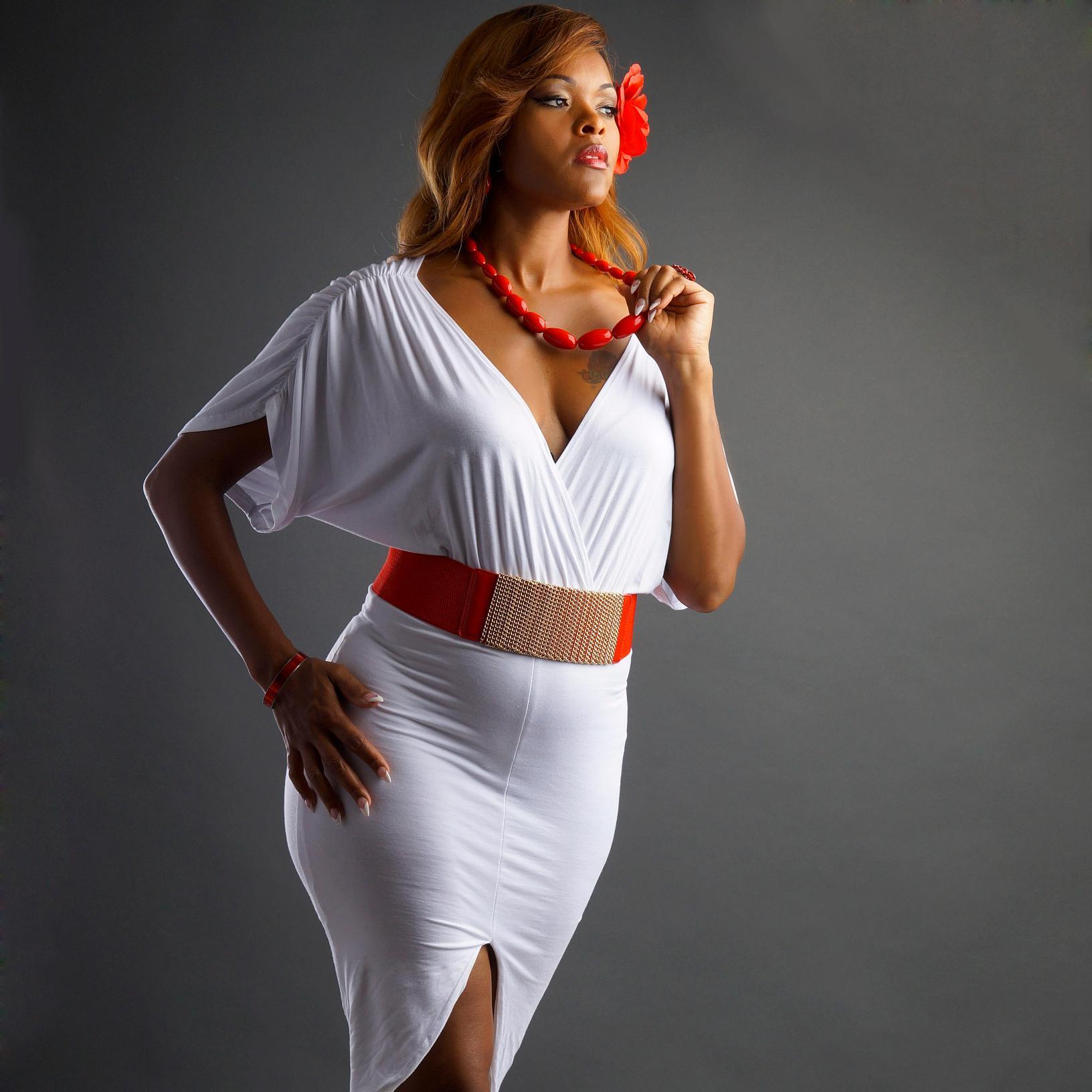 Fyne Girlz within model & actress (@modelminova)   twitter