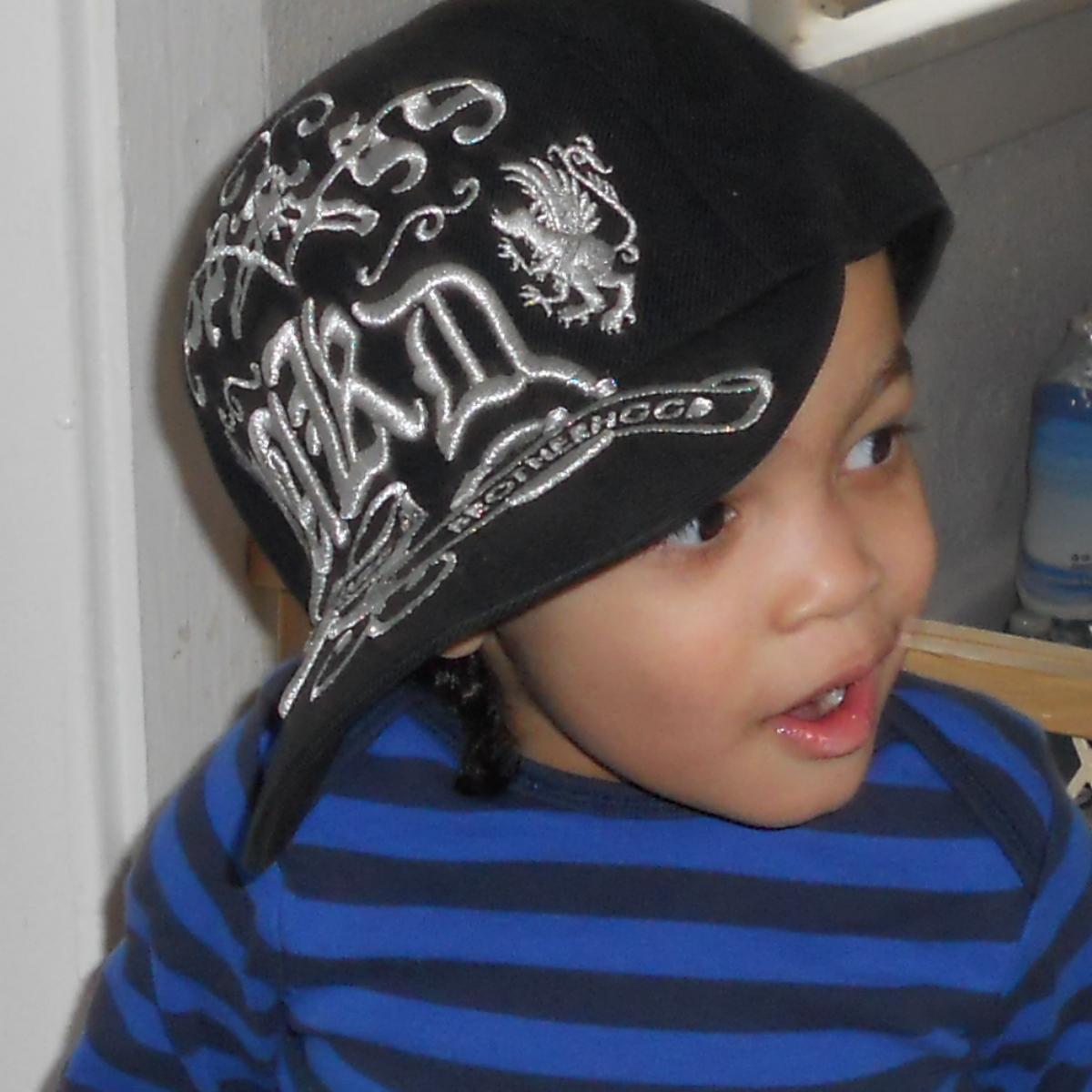 Eboni bonnets