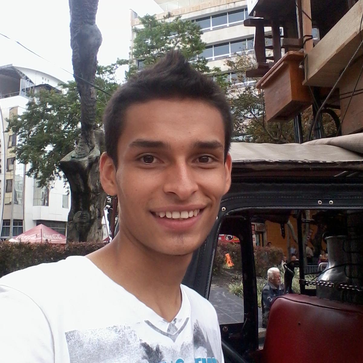 Jhon Hidalgo