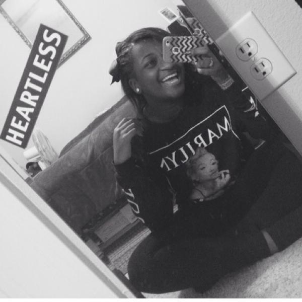 girly hooper (@ogdarxskinn) | Twitter Girly Hooper
