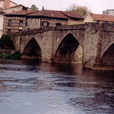 Limoges limoges twitter for Piscine limoges