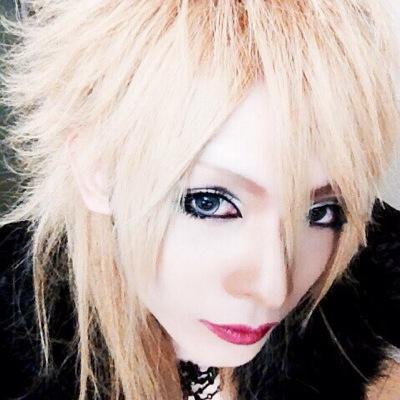 ex 鳴ぴー (@NARU_BIOSPHIA) | Twitter