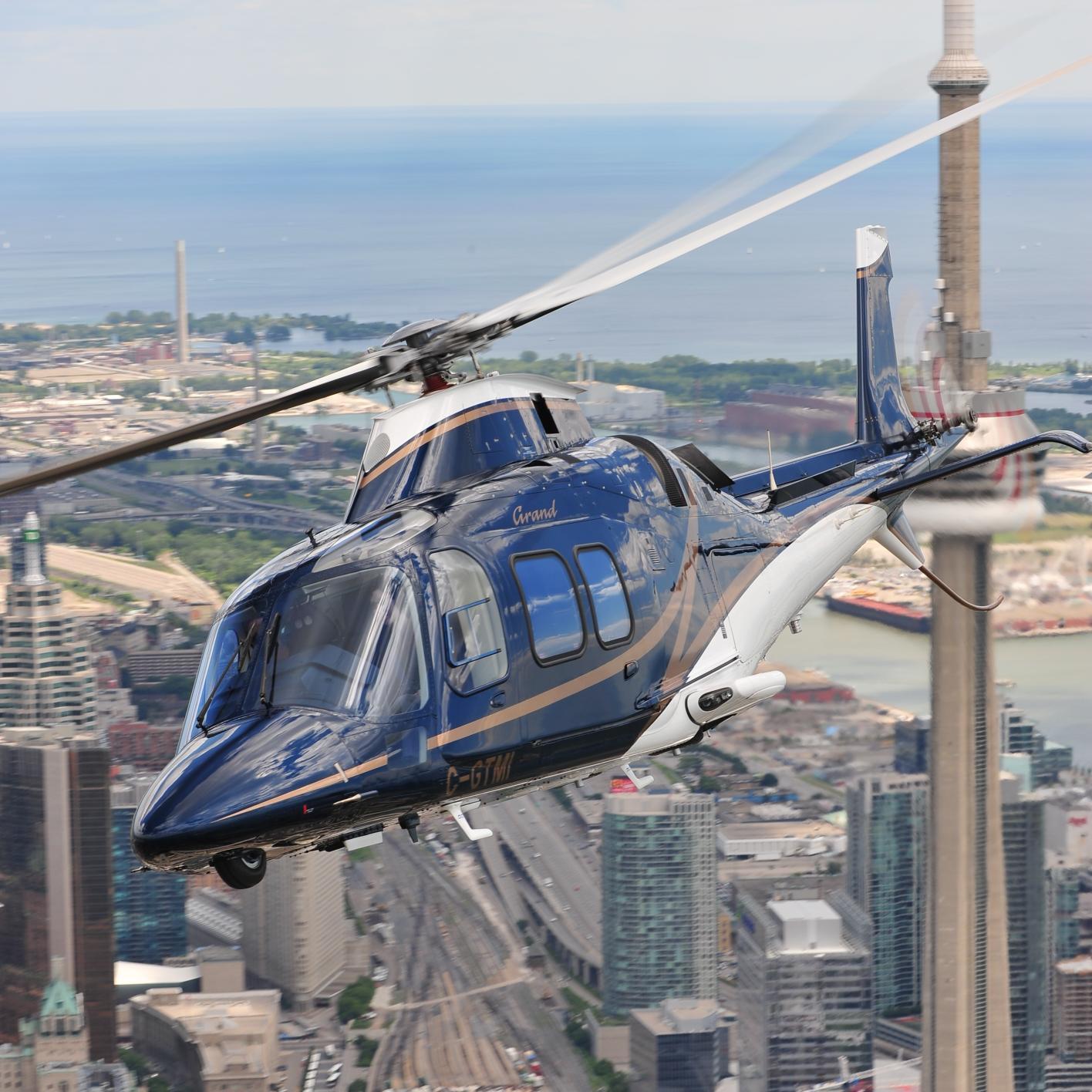 Elicottero R22 : Tucci giorgini labriola decollo elicottero r youtube