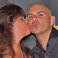 Kris Loves Pitbull | Social Profile