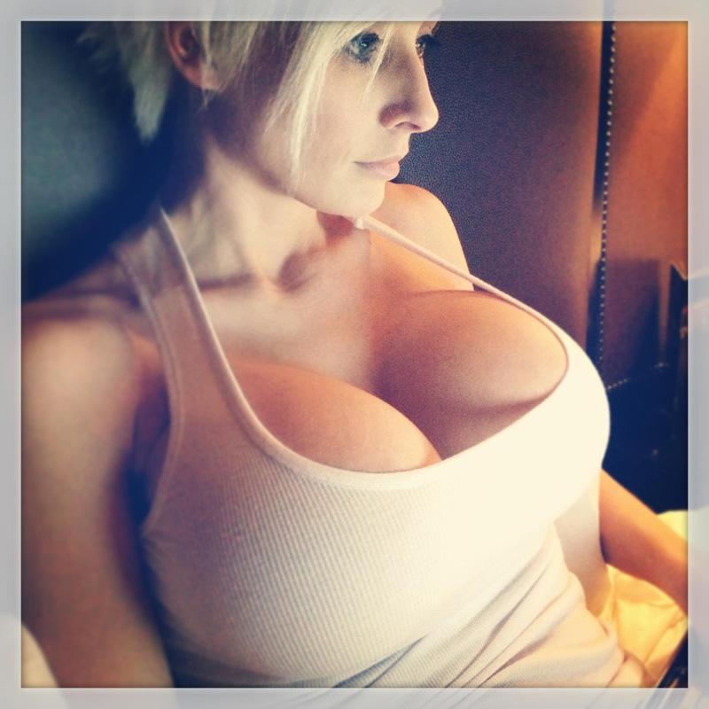 Sexy Sexy Tits 92