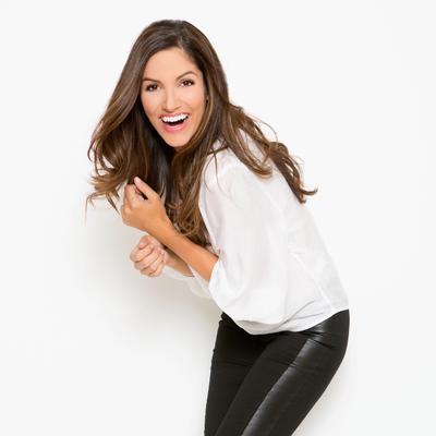 Kristin Adams Net Worth