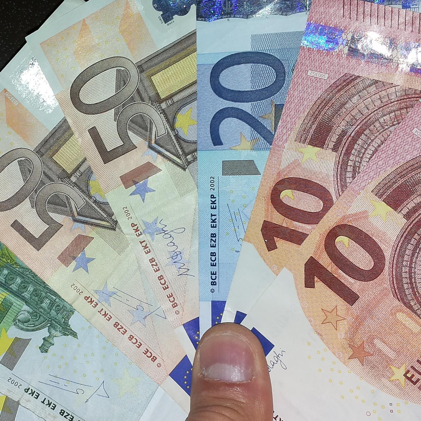 EURO RISPARMIO €Euro (@eurorisparmio) | Twitter