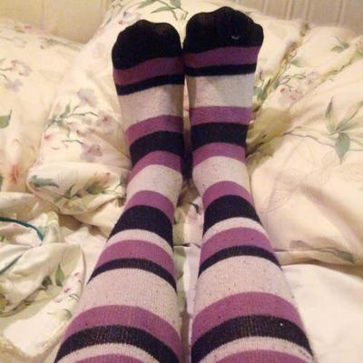 Uk amateur girls in socks commit error