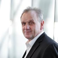 Dr. Peter Jahr