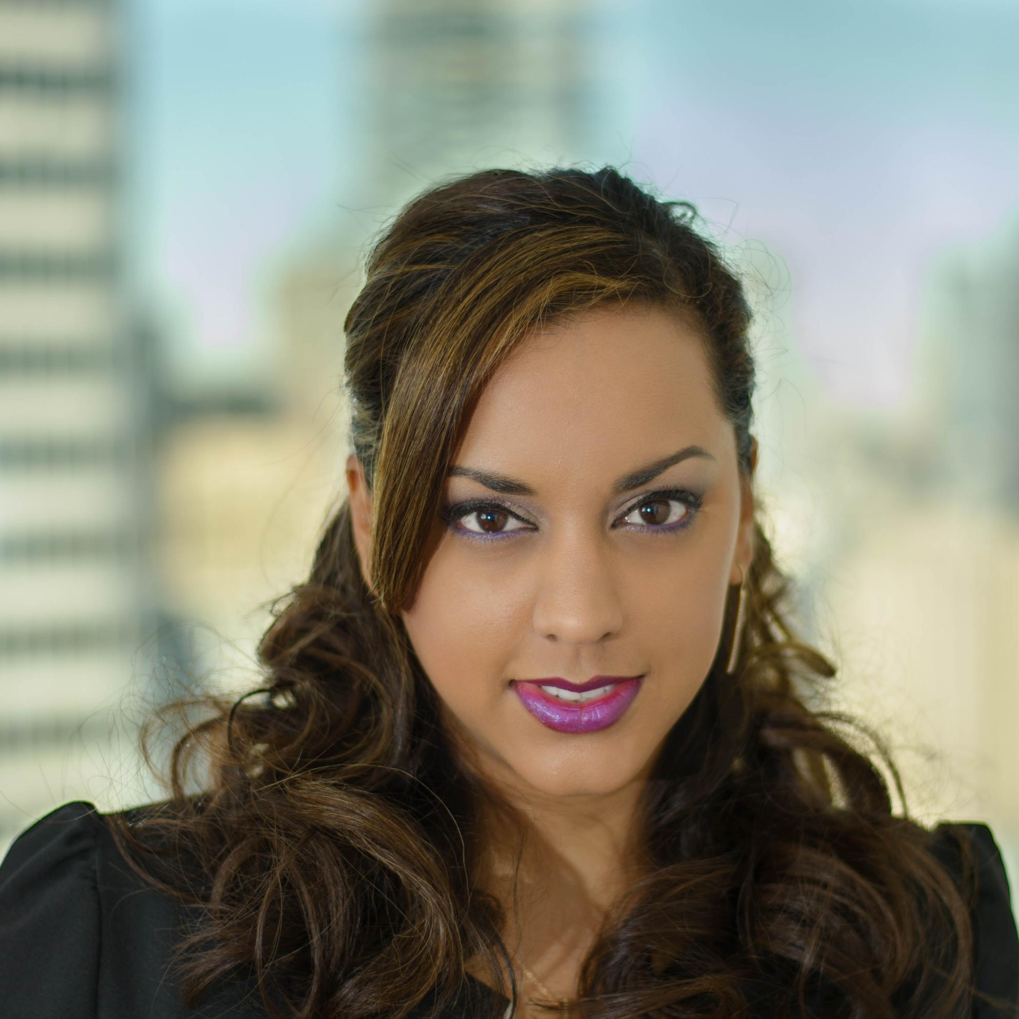 Sonya M. - NEWfaces