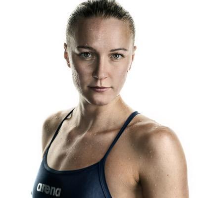 Сара Sjöström