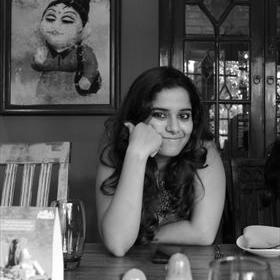 Malini Banerjee (@startingtoblue) Twitter profile photo