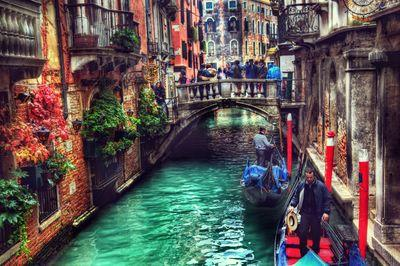 Relax In Venice