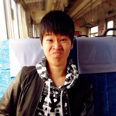 しんぴ∞岐阜crew超低浮上 @uwloveshinsuke