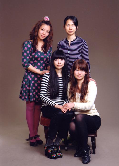 純血四姉妹