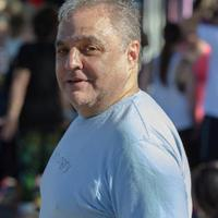 Lee Brian Schrager | Social Profile
