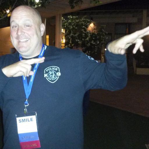 Officer Jeff Davis (@ShakeItOffCop) | Twitter