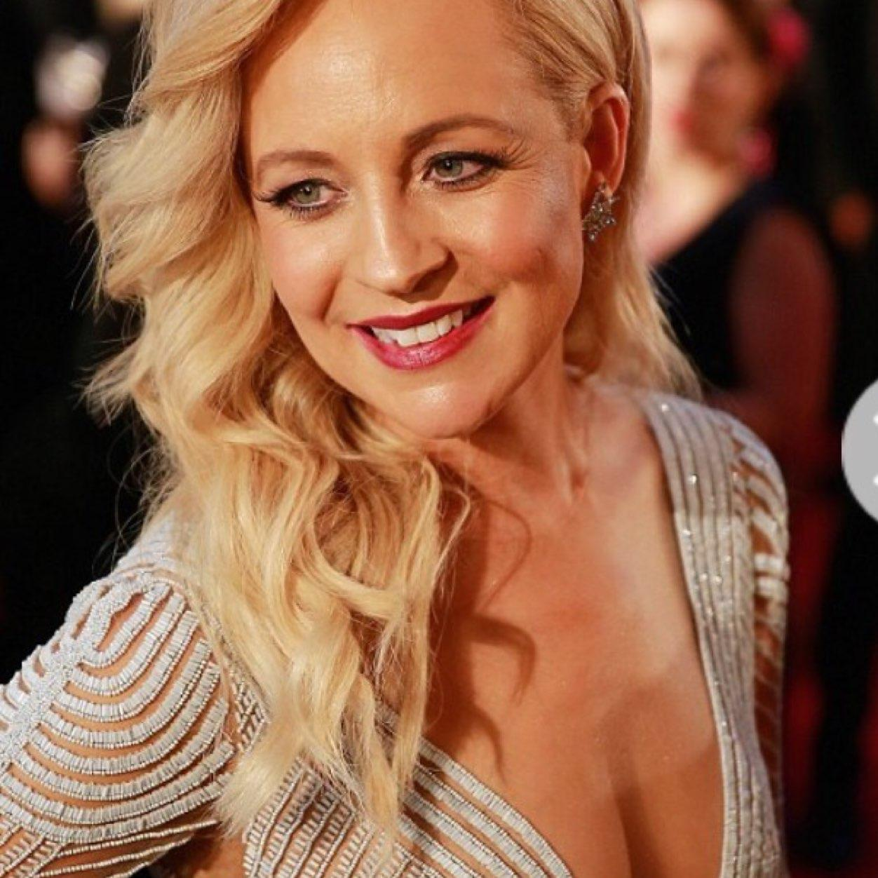 acf26e616 Carrie Bickmore ( BickmoreCarrie)