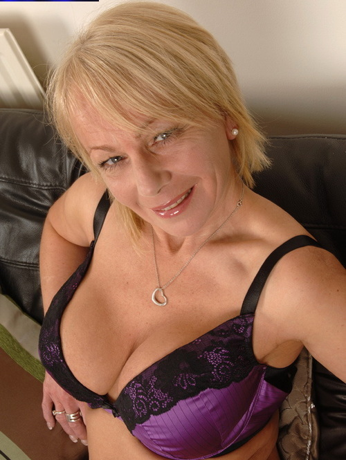 british mature jane bond