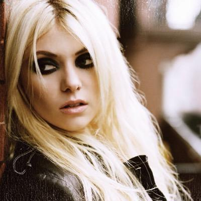 Tweets with replies by... Taylor Momsen Twitter