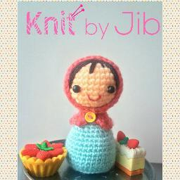 Winnie the Pooh Crochet (Pattern Book & Yarn Set) Crochet Yarn Kit ... | 256x256