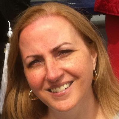 Ellen Daniel (@AmbiLexterous) Twitter profile photo