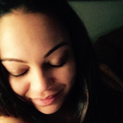 Jennifer Viera (@JenniferViera14) Twitter profile photo