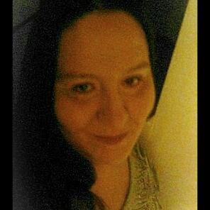 Jo Ricker (@themommablogger) Twitter profile photo