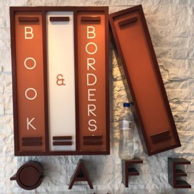 Book Pro Book Borders Cafe