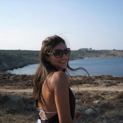 Vanessa Antoniadou (@VanessaAnt) Twitter profile photo