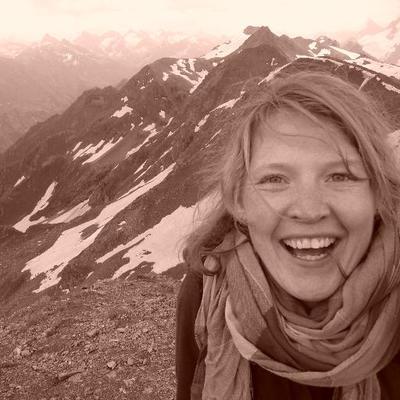 Anna Herbst On Twitter Wie Fühlen Sich Operierte Brüste An
