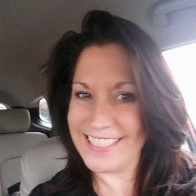 Maria Everett (@MariaEverett82) Twitter profile photo